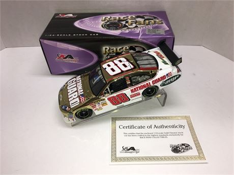 2008 DALE EARNHARDT JR #88 NATIONAL GUARD GOLD CHROME 1/24 DIECAST NEW IN BOX