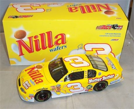 2002 DALE EARNHARDT JR #3 NILLA WAFERS 1/24 DIECAST IN BOX