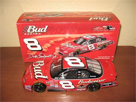 2002 DALE EARNHARDT JR #8 BUDWEISER 1/24 DIECAST IN BOX FREE SHIP