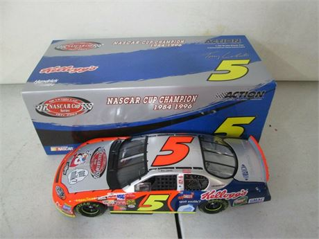 2003 TERRY LABONTE #5 KELLOGG'S VICTORY LAP RCCA 1/24 DIECAST IN BOX FREE SHIP