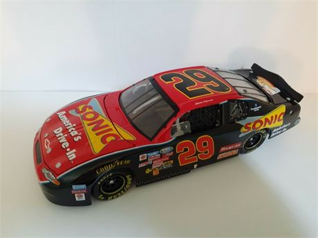 2002 KEVIN HARVICK #29 SONIC 1/24 DIECAST BY ACTION FREE SHIP
