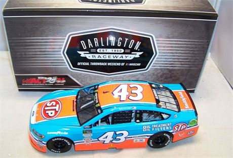 2019 ARIC ALMIROLA #43 STP DARLINGTON RETRO 1/24 DIECAST NEW IN BOX FREE SHIP