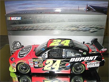 2009 JEFF GORDON #24 DUPONT COT 1/24 GM DEALERS RARE IN BOX