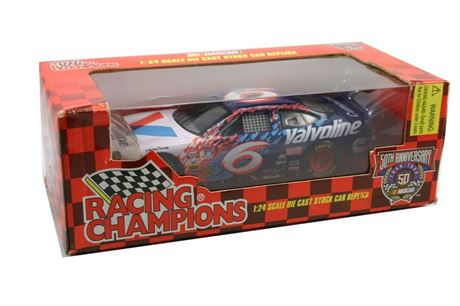 1998 MARK MARTIN #6 VALVOLINE CUMMINS 1/24 DIECAST IN BOX FREE SHIP